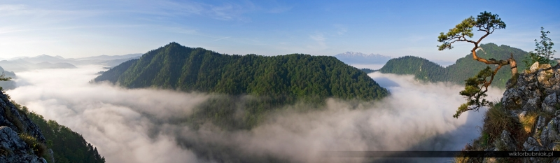 Sunrise at Sokolica in Pieniny, Poland.