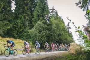 Szymon Godziek backflip na Tour de Pologne